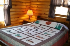queen-bed-cabin-3-cs