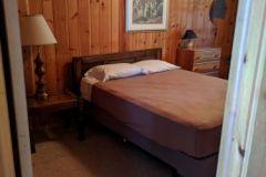 C20-Queen-Bed-woods