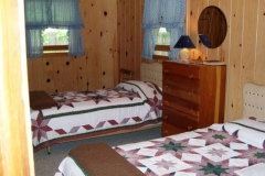 twin-bed-cabin-20-cs