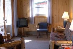 Cabin 4 Living Rm