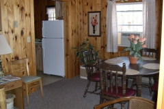 Cabin 7 Dining Rm